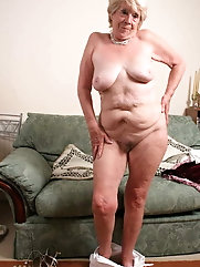 Mature grandmothers are posing undressed for cash