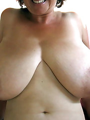 Libidinous older milfs are getting pleasure on photo