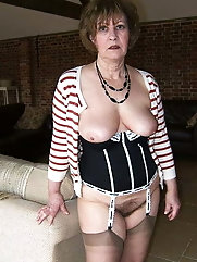 Matures and Grannies 465